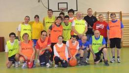 """Basket con il """"Silvana Baj"""" alla scuola """"IV Novembre"""""""